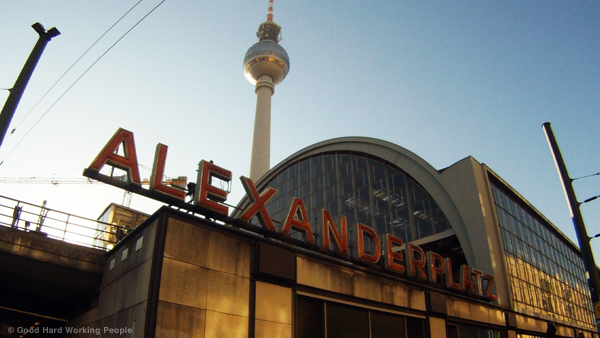 Alexanderplatz Time-Lapse – In A Berlin Minute (Week 153)