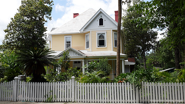 Gainesville_MIN 321_duckpond house_s