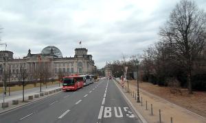 100 Bus Reichstag