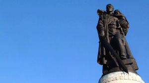 Soviet War Memorial (Treptower Park) - In A Berlin Minute (Week 47)
