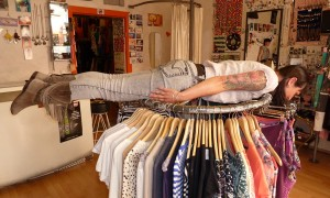 MIN_Week 61 Planking_clothes rack 2