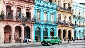 La Habana Vieja, Old Havana (Havana, Cuba) - In Another Minute (314)