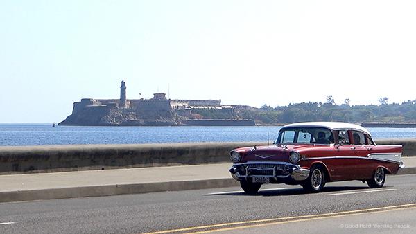 Malecon_Havana_MIN 316_car_s