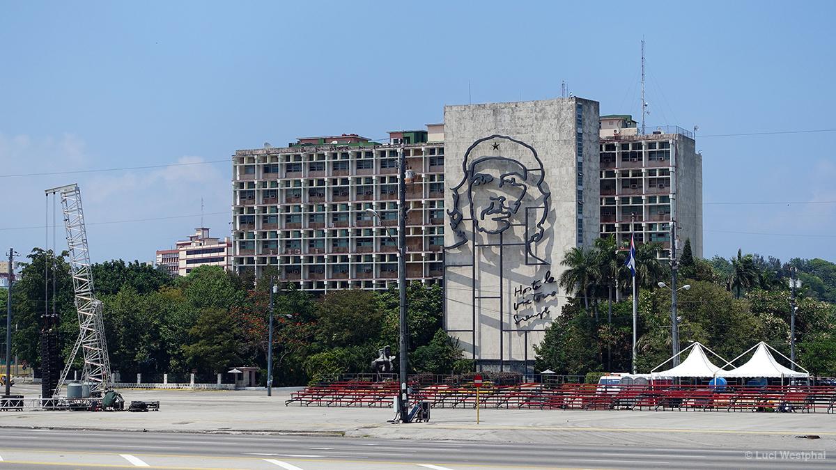 plaza-de-la-revolucion_min-339_01_s